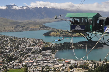 Justin Sytsma, Bungy Jumping, Queenstown, New Zealand.